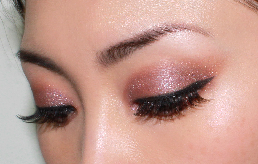 Wearing NARS Dolomites Duo Eyeshadow
