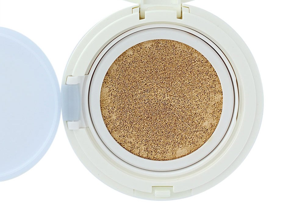 Laneige Snow BB Soothing Cushion Foundation in 21 Natural Beige