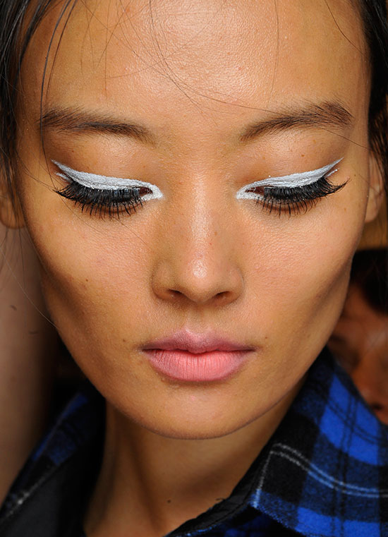 60s eyeliner at Nanette Lepore Spring/Summer 2015