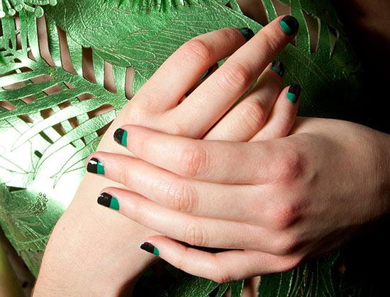 Black and green nails at Giles Spring/Summer 2015