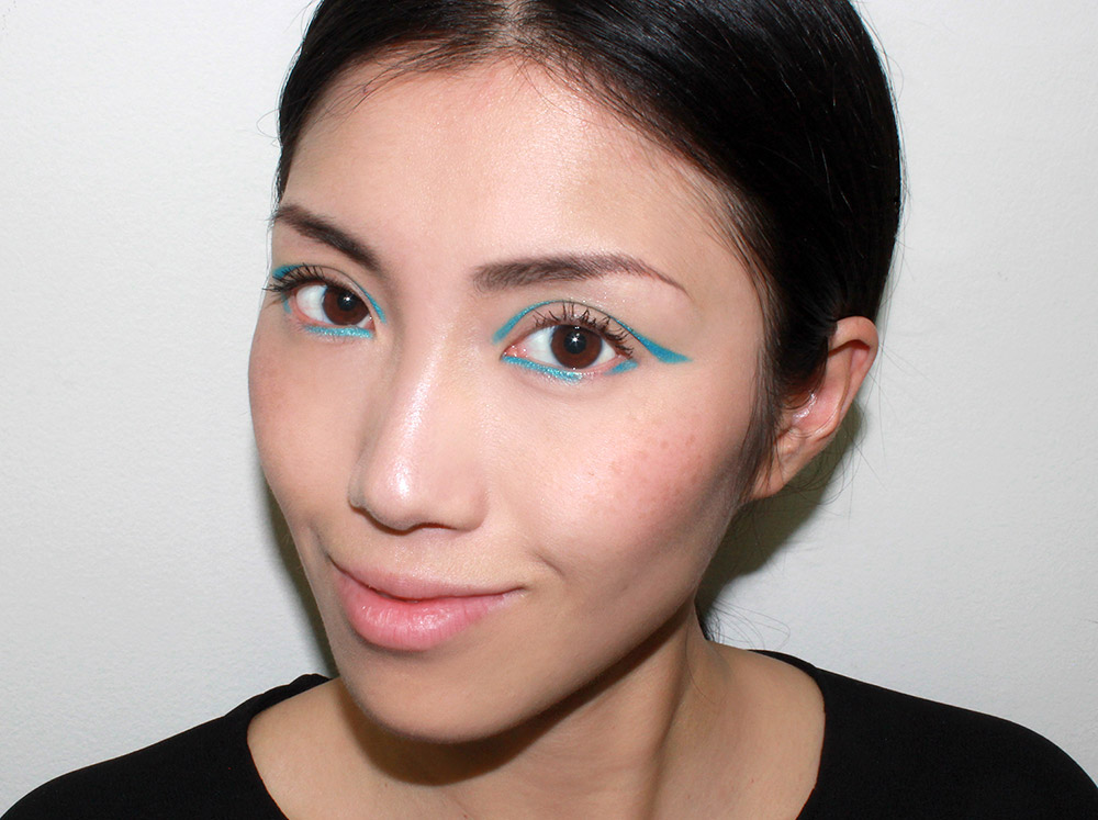 Fall 2014 runway-inspired Graphic eyeliner makeup look