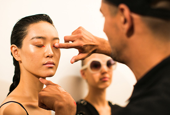 Peter Som Spring/Summer 2015 backstage makeup by Maybelline