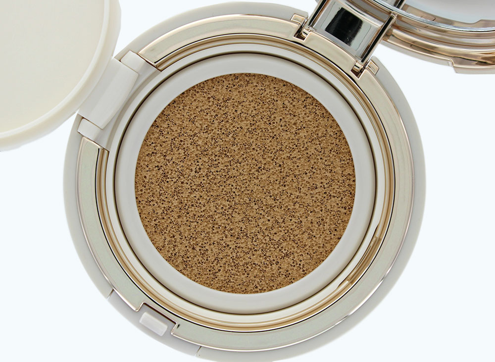 Sulwhasoo Evenfair Perfecting Cushion in No. 25 Deep Beige