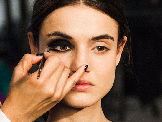 Cushnie et Ochs A/W 2015 backstage makeup