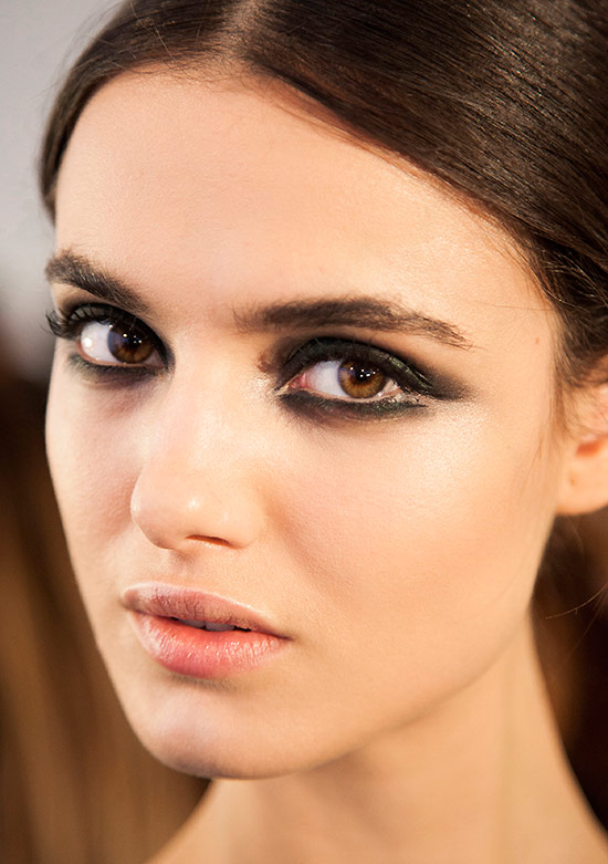 Runway Beauty: Smoldering Eyes at Cushnie et Ochs A/W 2015 ...