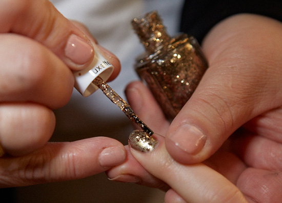 Gold glittery nails at Nanette Lepore A/W 2015