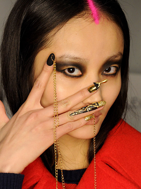 Libertine A/W 2015 runway makeup and nails