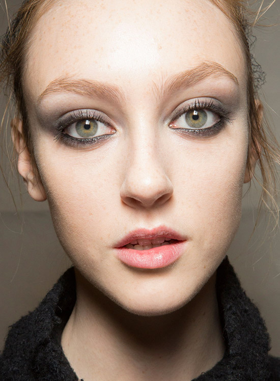 Smoky eyes at Monique Lhuillier A/W 2015