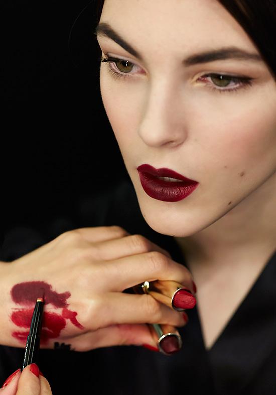 Dolce & Gabbana A/W 2015 backstage makeup