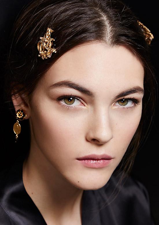 Dolce & Gabbana A/W 2015 runway beauty