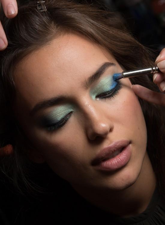 diane-von-furstenberg-ss-2016-backstage-makeup