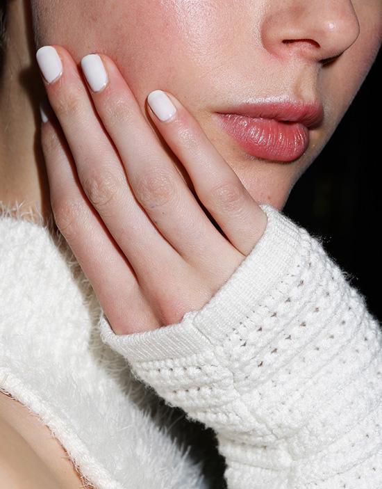jonathan-simkai-aw-2016-runway-nails