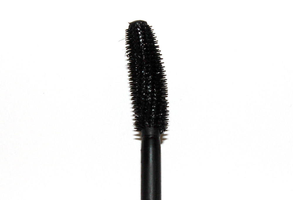 too-cool-for-school-dinoplatz-twisty-tail-mascara-wand-setting-1
