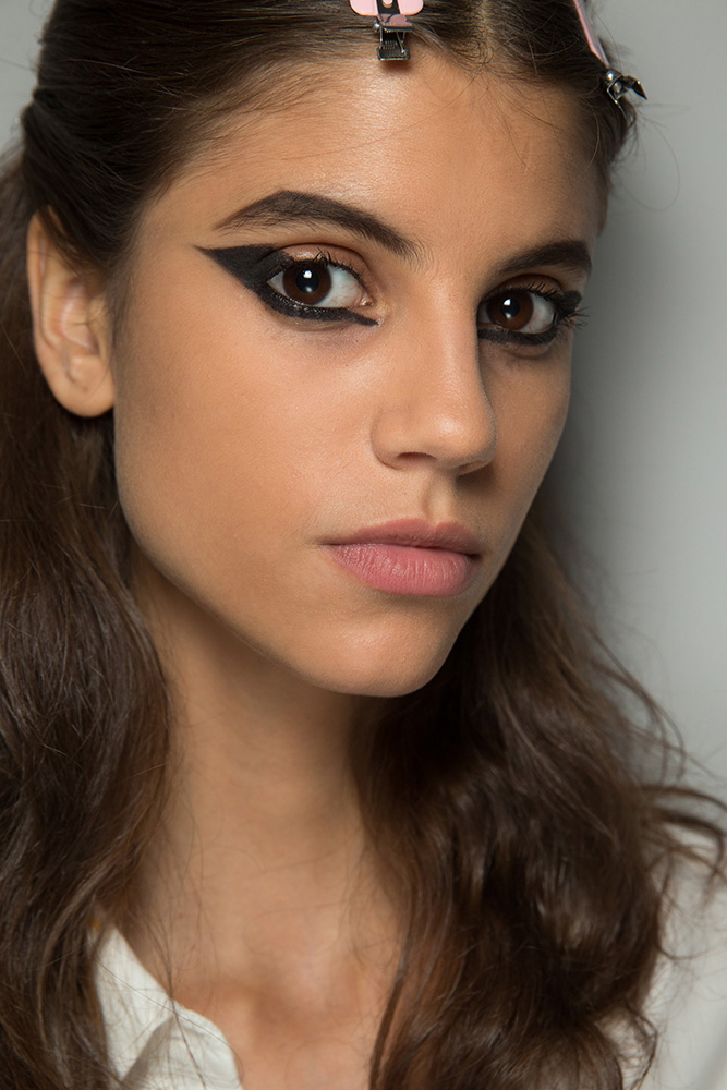 cat-eye-dior-fall-2016-couture