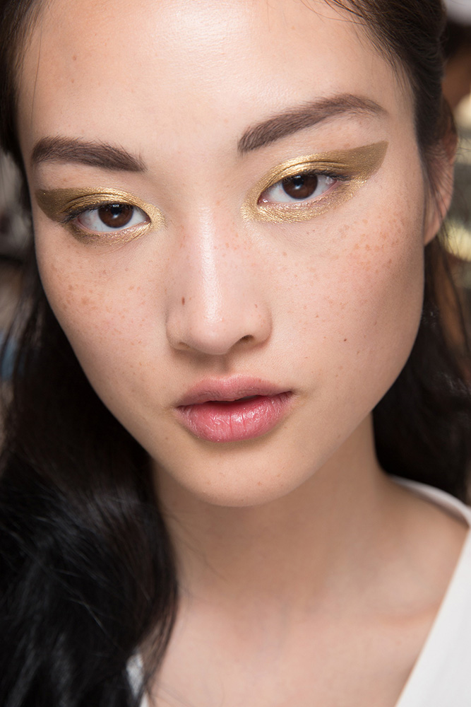 dior-fall-2016-couture-runway-beauty