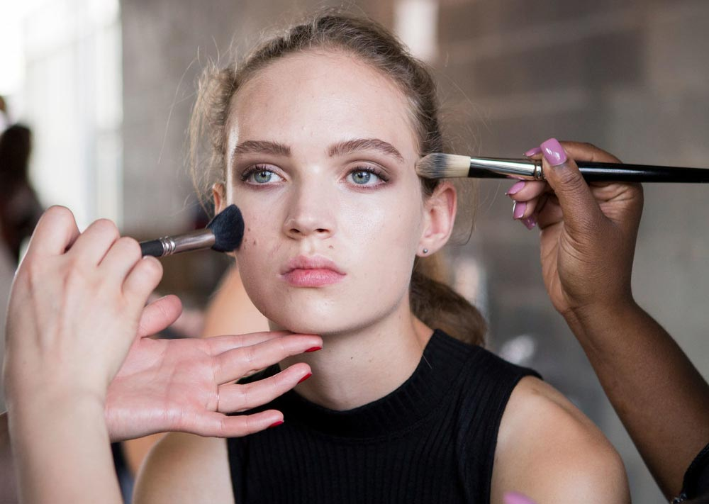 makeup-backstage-thakoon-spring-2017