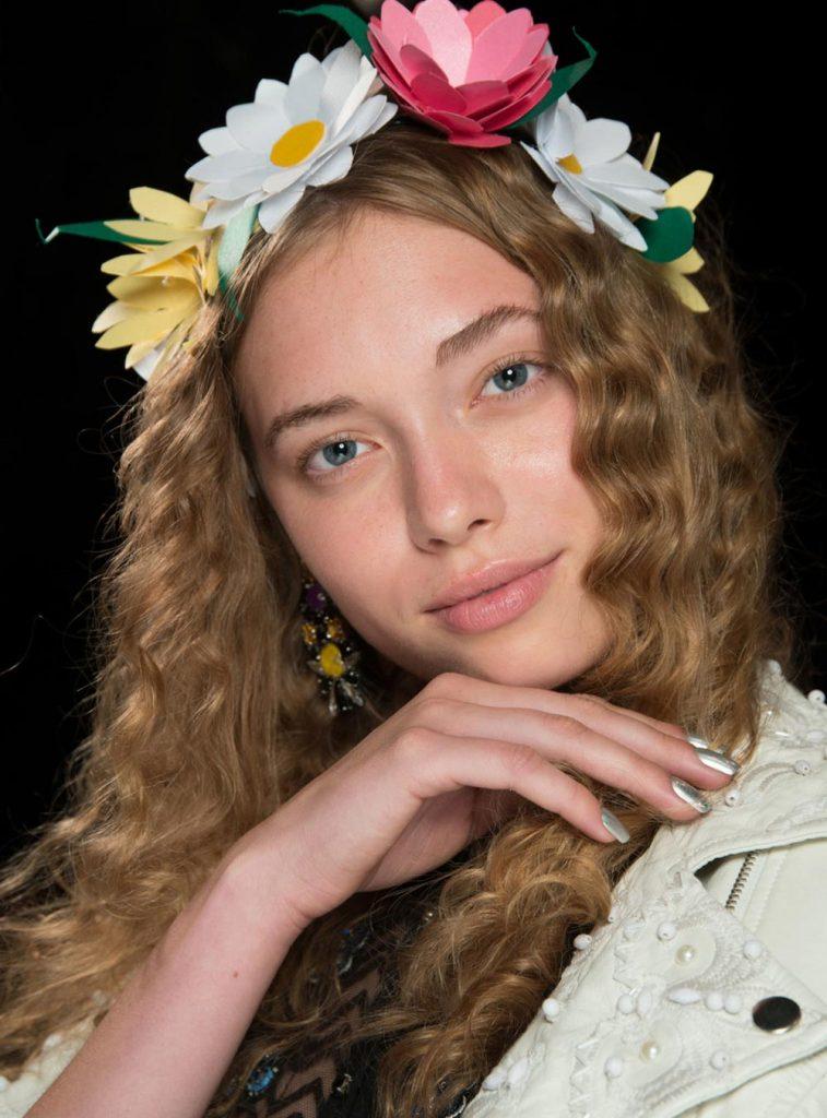 Snapchat Filter Makeup At Desigual Spring 2017 Makeup