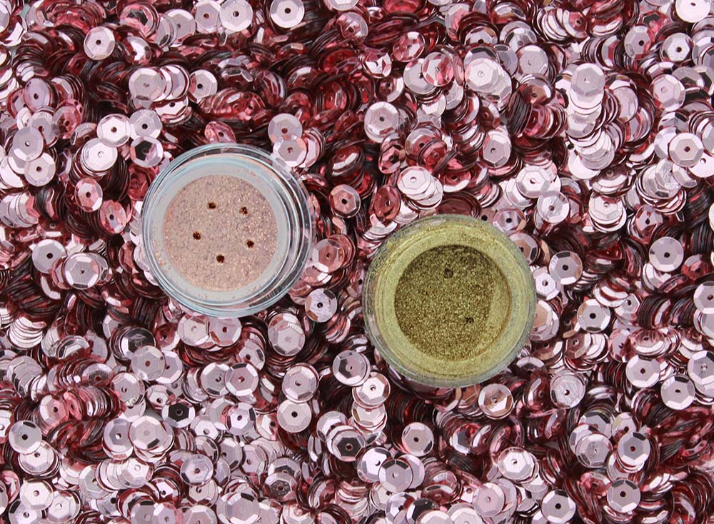 Pat McGrath Labs Lust 004 Flesh Microfine Glitter and Metallic Gold Pigment
