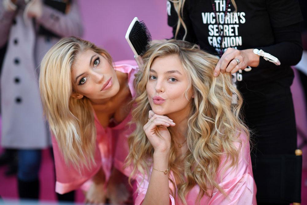 2016-victorias-secret-fashion-show-backstage-makeup