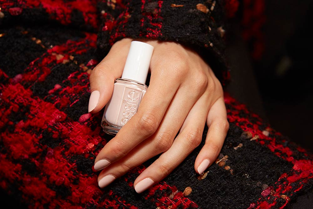 Soft neutral nail look at Jonathan Simkhai A/W 2017