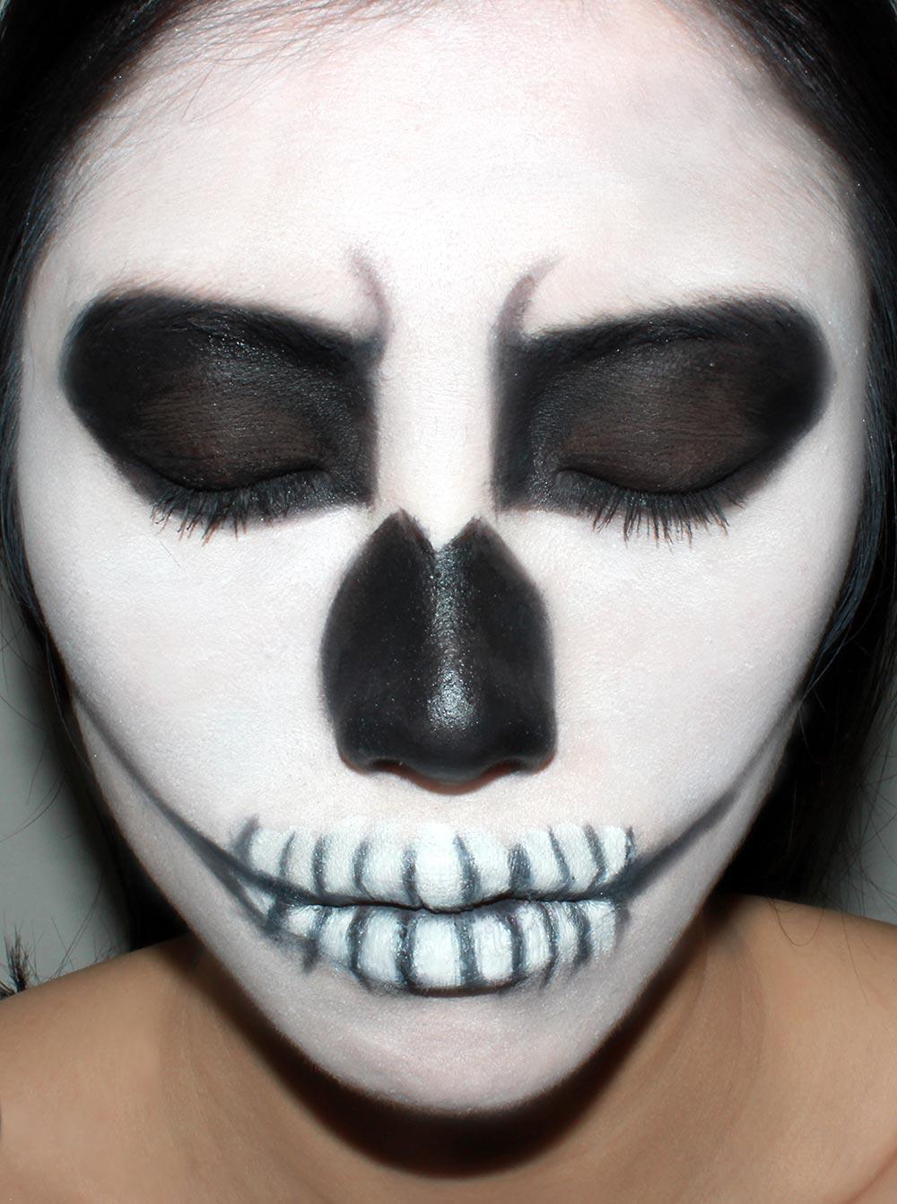 Genoeg Beauty for you: Halloween make-up &UH76